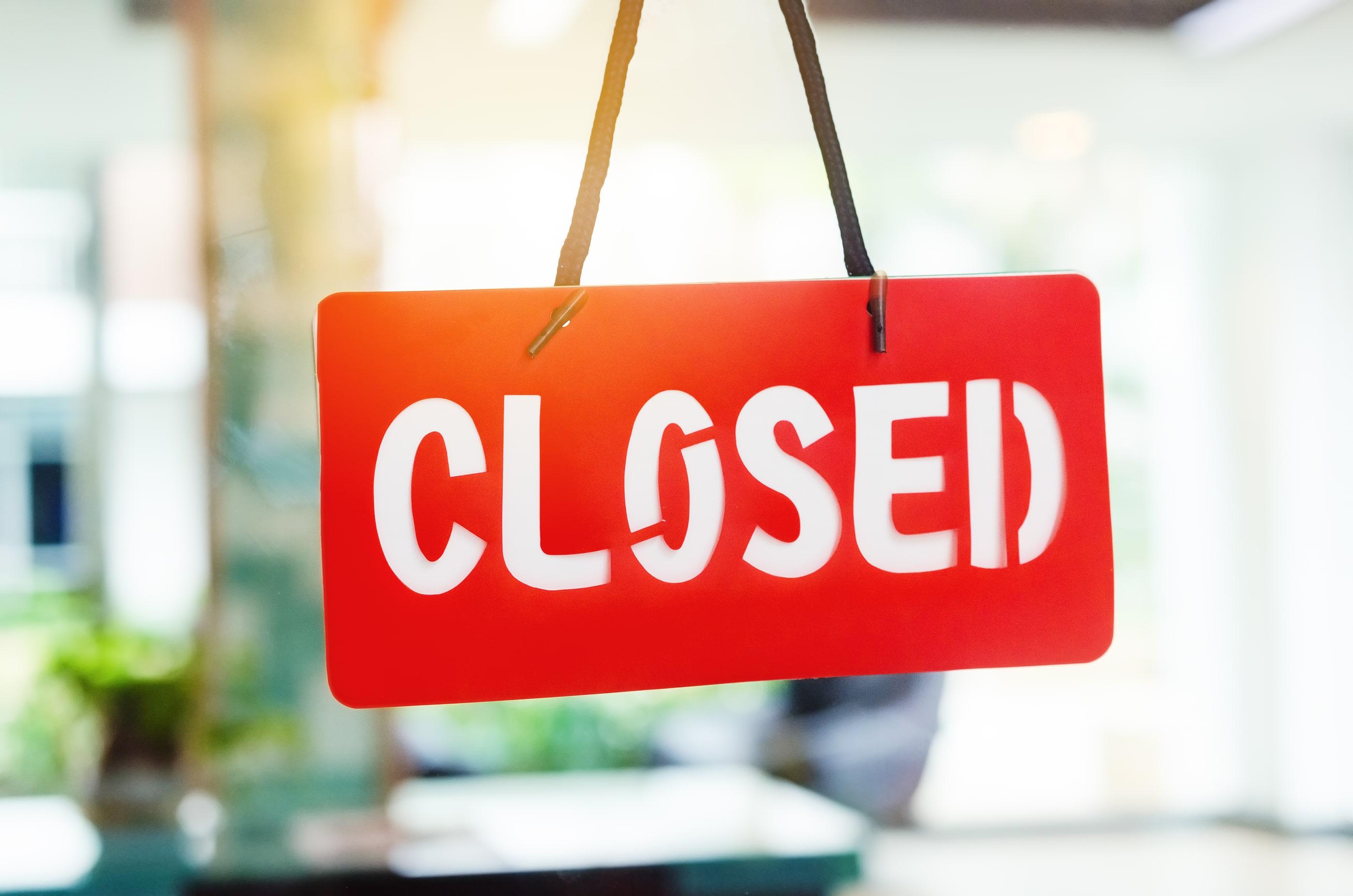 oficina cerrada