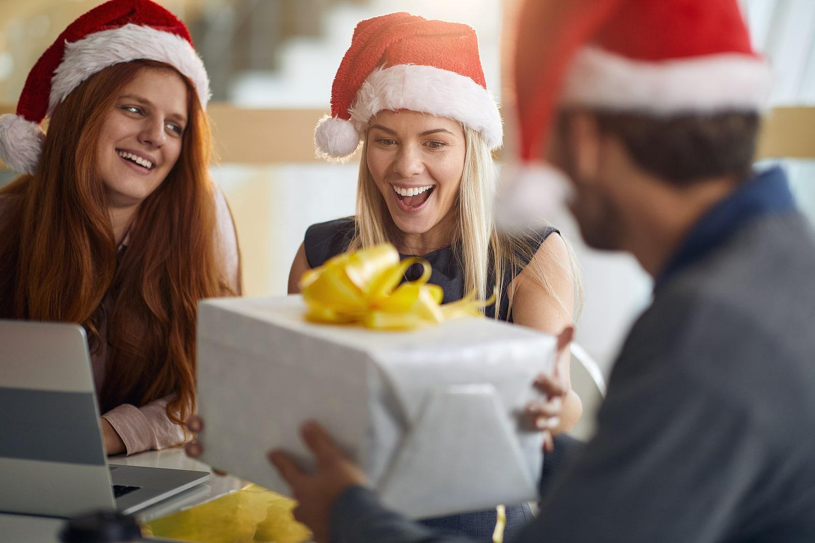Fiscalidad regalos Navidad empresa